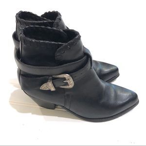 DINGO Black Leather Ankle Boots